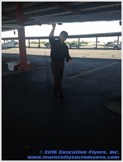 image: pre-flight safety walk around Executive Flyers, Sacramento